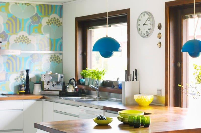 customer blue flowerpot lamp | byBespoek