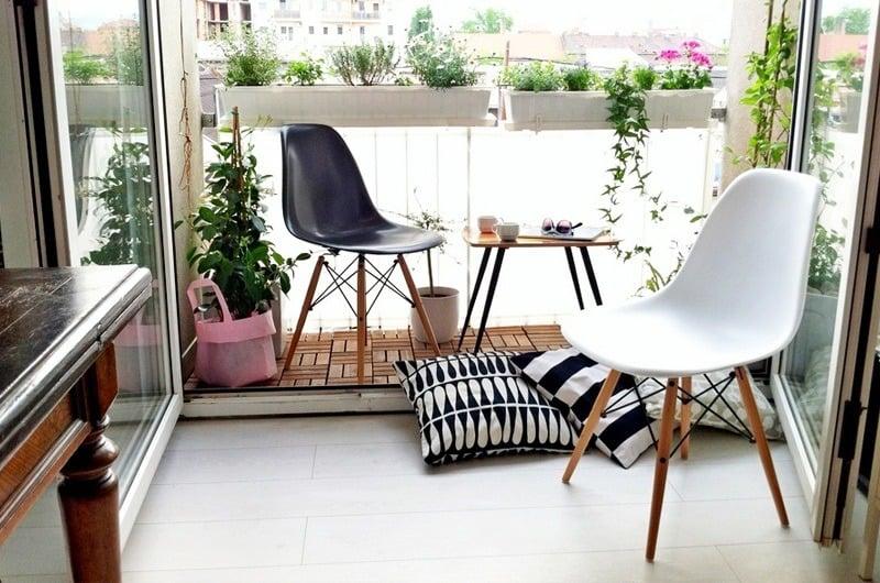 customer DSW chairs | byBespoek
