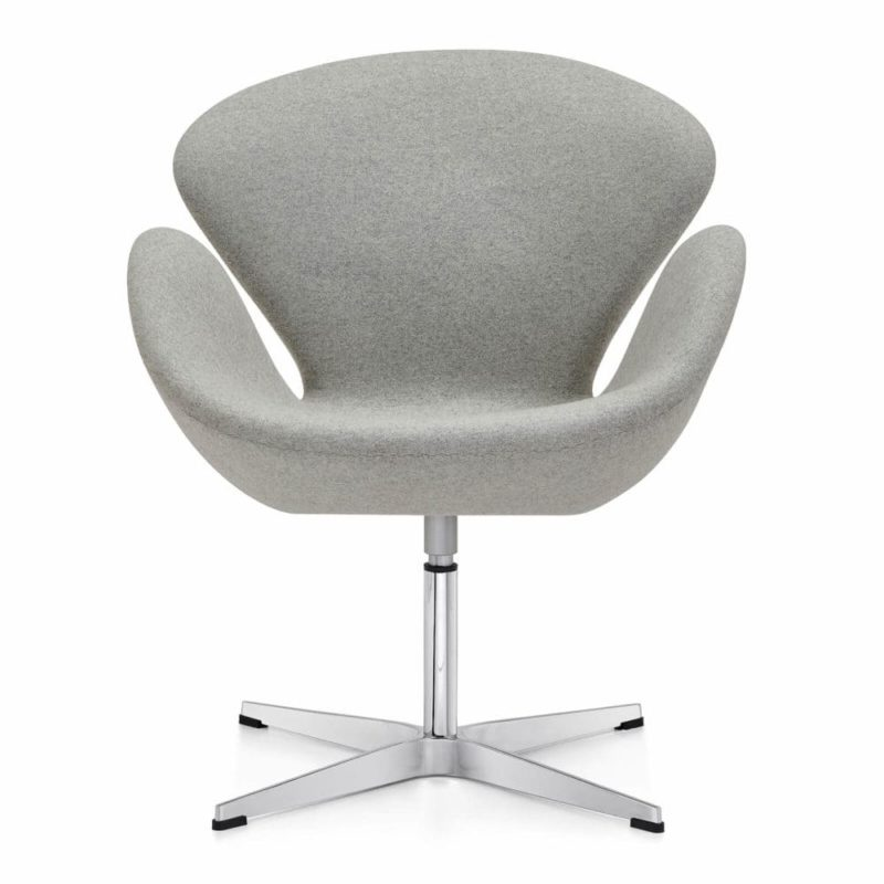 see this arne jacobsen light chair