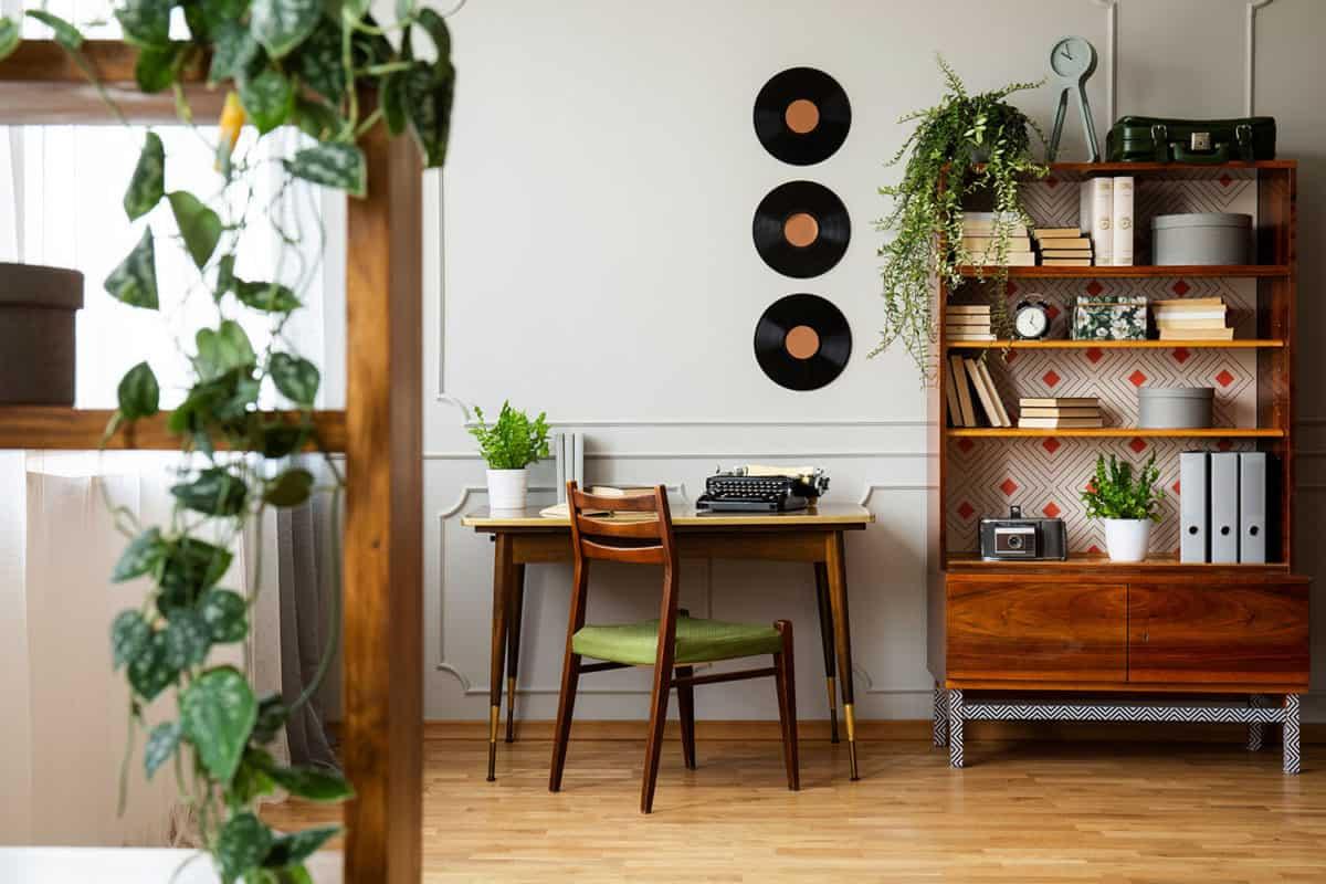 mid century modern decor | byBespoek