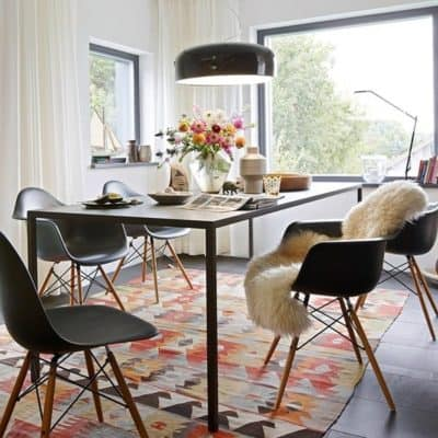 eames chair gallery image 2 - byBESPOEK
